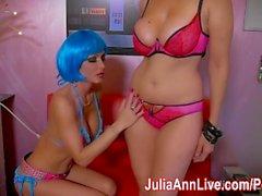 Sexy Space Bots Julia Ann & Jessica Jaymes Schere!