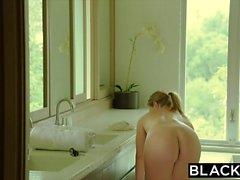 BLACKED L'actrice est dominée par la BBC