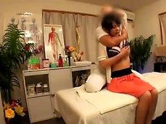 Азиатский пожилой хардкор с массажем
