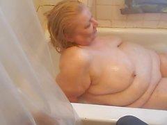 aid helped me in tub