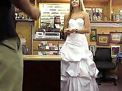 Heiße Amateure bride erhält ihren Pussy von Shawn gebumst