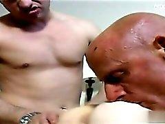 Amateur Deepthroat schlucken