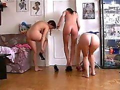 TEEN n23 3 esmer lezbiyen Alman gençler ve sextoy