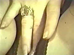 Lesbian Peepshow Loops 644 1970s - Scene 4