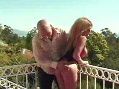 Krystal Summers handles a huge cock