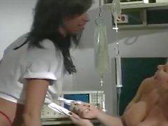 Barett Moore Tawny mare Chris Cannon nel 1980 del porno dimostra all'ospedale dura Scena da terzetto