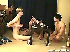 Homosexuell Orgy Ablaufverfolgung und Wilhelm treffen sich mit ihrem neuen frien