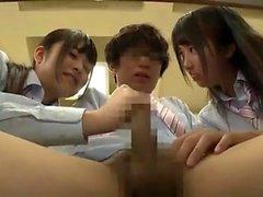 Asiatique japonais trio creampie et éjac