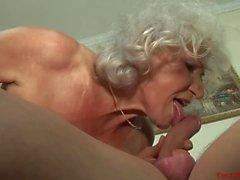 Eccitata euro della nonna porn casting