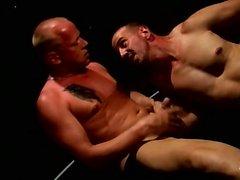 Ben Foster och Jay Armstrong är både stora och starka och
