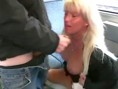public blowjob and facial - cumwalk in train (german)
