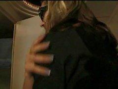 Backstage brudar är teen knullade av gitarristen turnera buss!