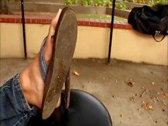 Junge Göttin Weiche Füße mit sexy Nailpolish!