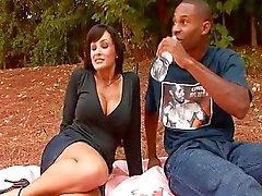 Piknik neuken met Lisa Ann