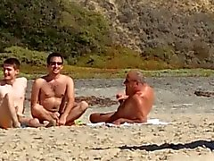 De 3 homosexuels at the beach