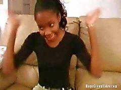 HomeGrownVideo Ebony Coed quer ser famoso