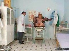Médico louco jogar