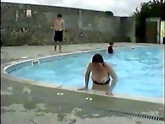 Bikini hoppla