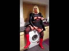 Chrissie Rauchen einer Misty 120 ihre neue Kleidung pt2 zurück