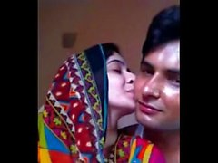 Super Hot Paki GF Smooch n Kiss & Boob Press by BF