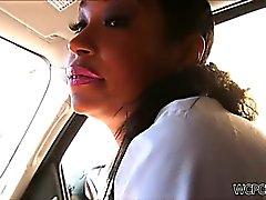 Straßennutte auch Saugen Hahn in der Auto