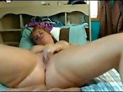 Fat Chubby digitação adolescente da namorada e provar de seu bichano cremoso