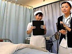 CFNM em subepígrafe enfermeiras Japanese preparação para relações sexuais
