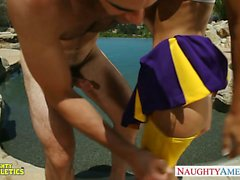 Cheerleader Presley Hart fucks in pool