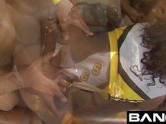 BANGcom: En İyi Bangin Cheerleader'lar