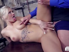 BUMS BUERO - Steak & Blowjob Day fuck at the restaurant