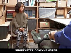 ShopLyfter - Söpö Ebony Teen kaupat Sex for Freedom