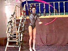 Gymnaste Bébé baisés par les de TROC
