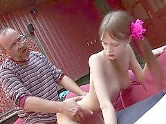 Amanda Busty Natural Tit Teen 1