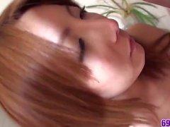 Yuna Hirose'la POV'ta mükemmel kız öğrenci hardcore sex