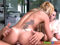Blonde in Extreme Threesome sandwich