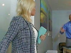 Blondinen Phoenix Marie und Diamond Foxxx fuck in vier