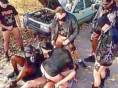 Nasty Rubio Gangbanged mediante Los ciclistas