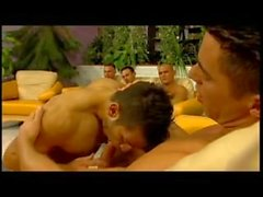 Muscle European Gay Orgie Hot Fuck Friends ajouter par Jamesxxx71