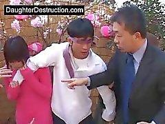 Papai quer foder filha japonês