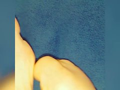 Pés e solas de Leonina - dedos do pé descalço e Salto