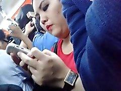 encoxada de Indonesia de Chuby Muchacha en la tren de Le gustan la polla