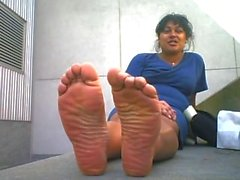 devastating 10 wide indian soles!!! - css