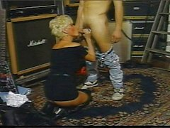 Blond pussy hammering vintage rock chick