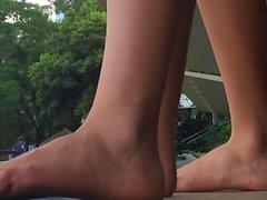 Public Natural Feet Girls