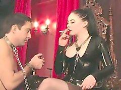 К сигаретам латексная краска Женское играет нее manslave