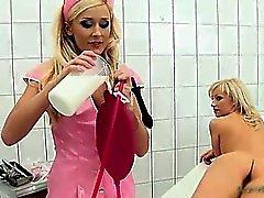 Fiesen blonde Honigs bis der Arzt