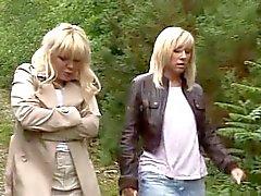 2 kypsyy antaa käsi - blowjobmuukalainen metsässä