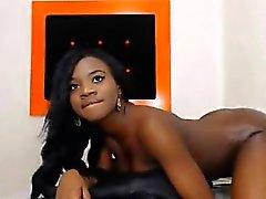 Black Webcam colocar o dedo em vermelho e quente Cunt