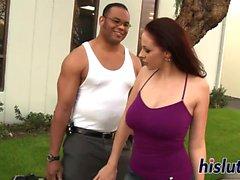 Kinky sesión interracial con la tetona Gianna Michaels