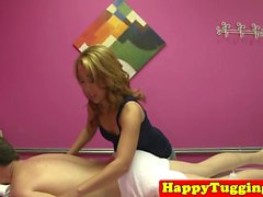 Asian happyending masseuse wanks her client